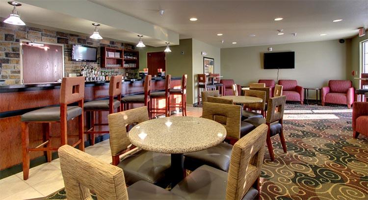 Cobblestone Lounge