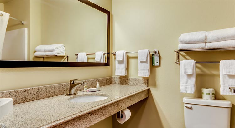 Cobblestone Inn And Suites In Waverly Iowa Hotel Accomodations Lodging