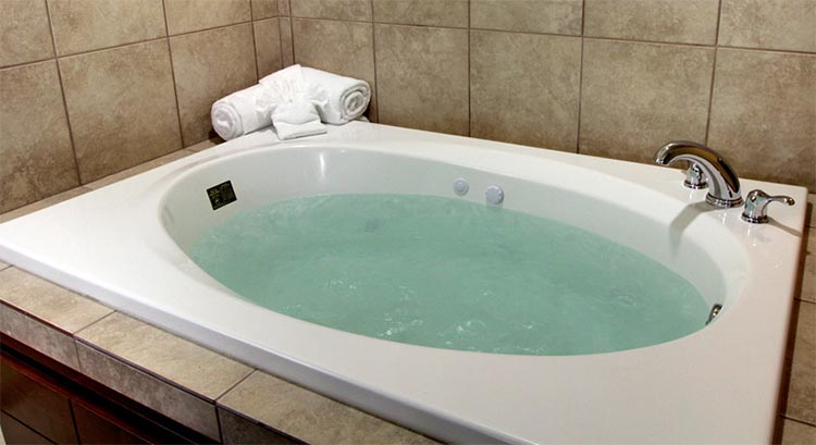 Standard King Whirlpool Suite