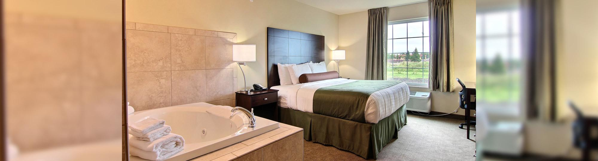Cobblestone Hotel and Suites Crookston