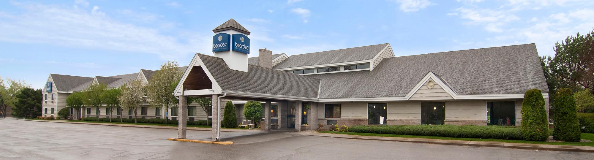 Boarders Inn and Suites in Faribault, Minnesota Hotel