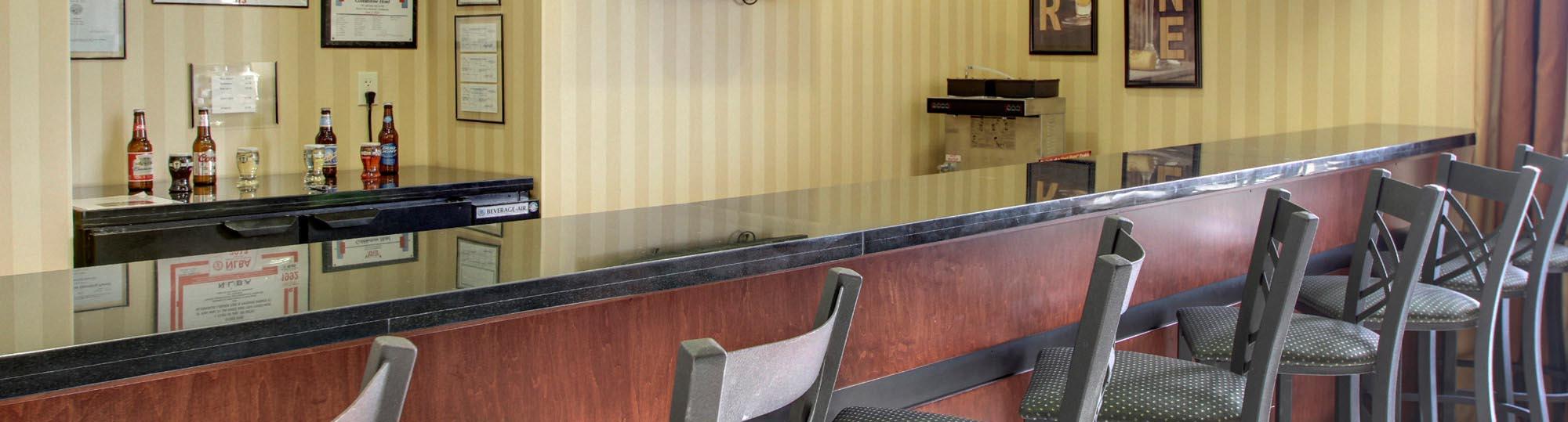 Cobblestone Kitchen Floor Cobblestone Hotel In Wayne Nebraska Hotel Accomodations Wayne