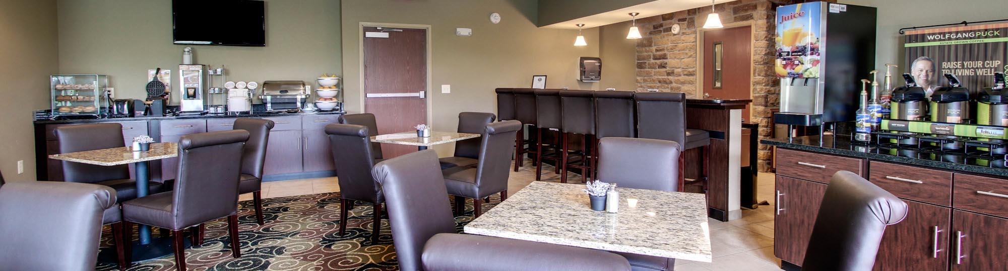 Cobblestone Inn & Suites Avoca