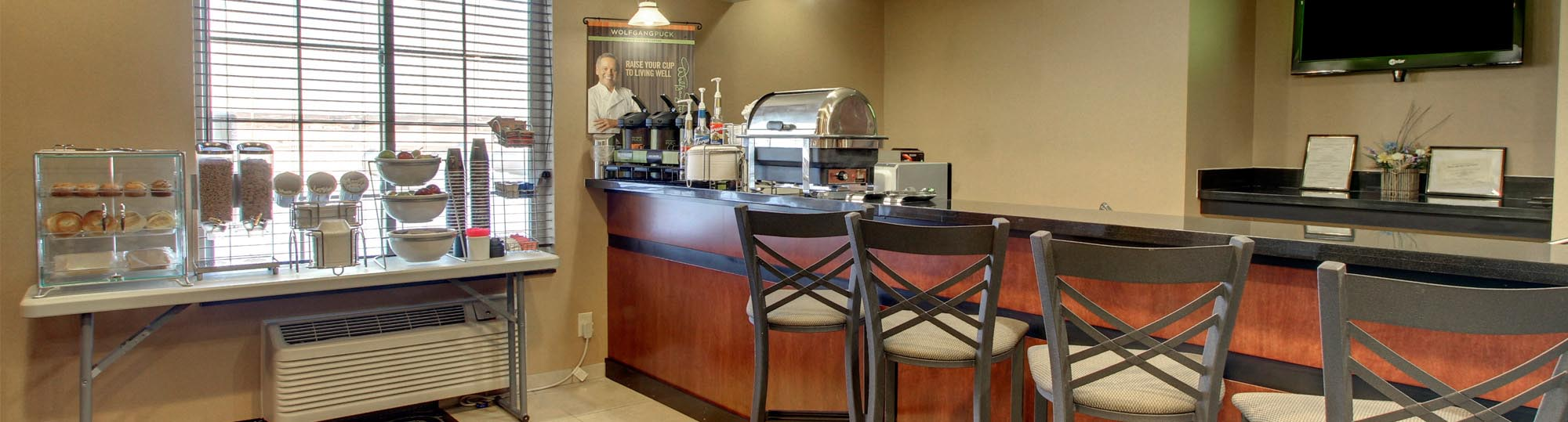 Cobblestone Inn and Suites Bottineau