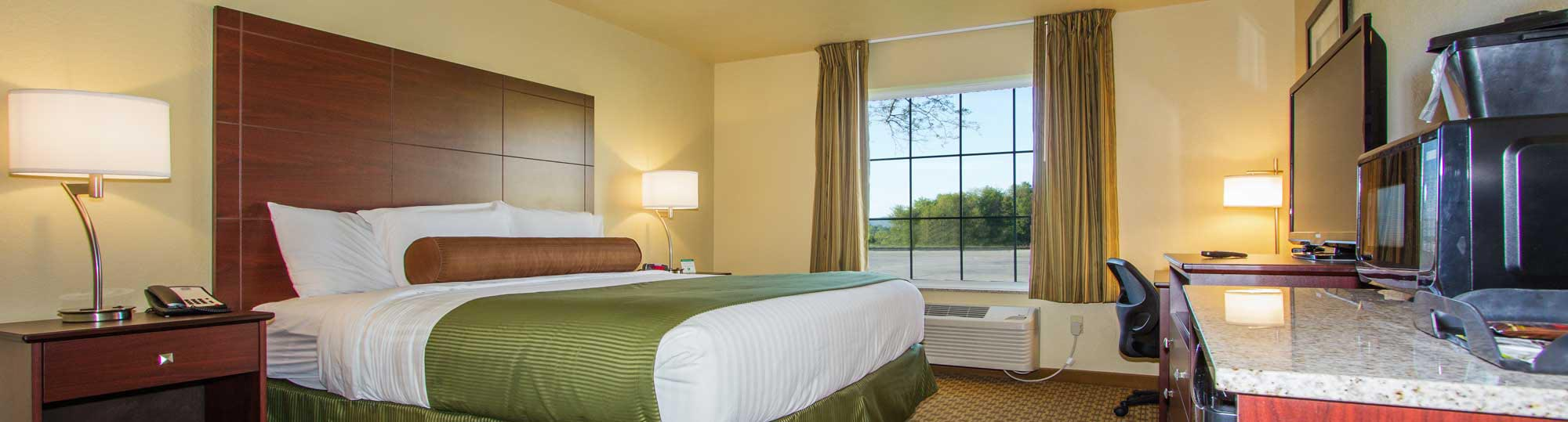 Cobblestone Inn and Suites Corry