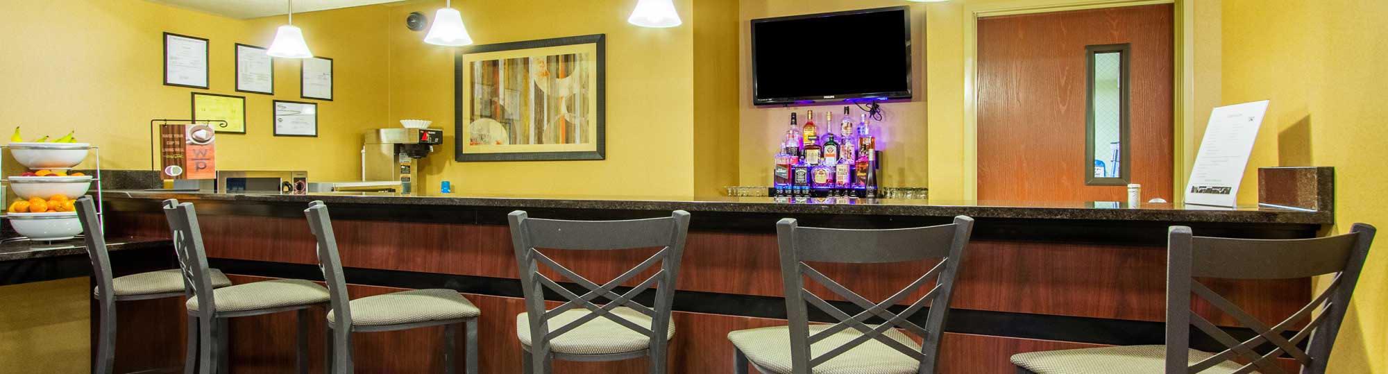 Cobblestone Inn & Suites Corry