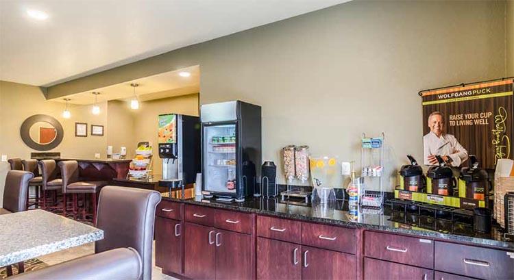 Cobblestone Hotel And Suites In Mccook Nebraska Accomodations Lodging
