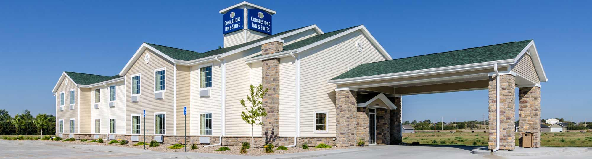 Cobblestone Inn & Suites Cambridge