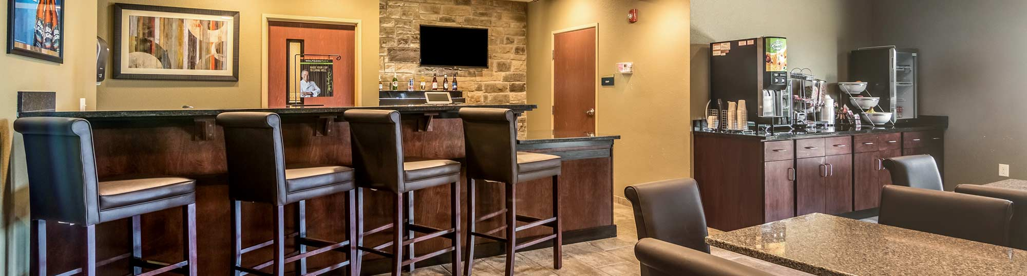 Cobblestone Inn and Suites Lakin