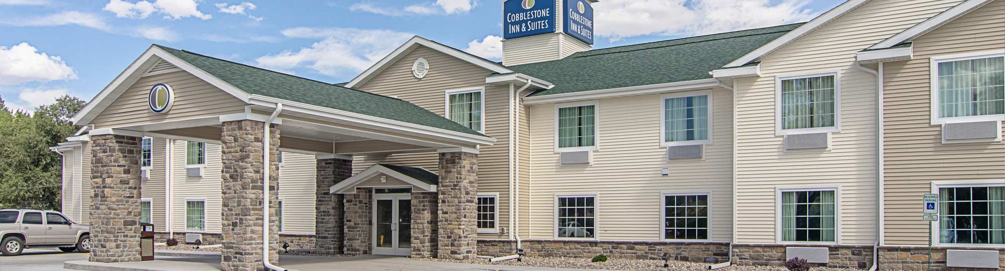 Cobblestone Inn and Suites Guernsey