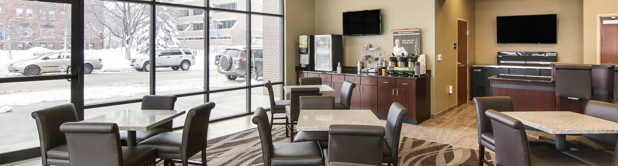 Cobblestone Inn & Suites Main Street Menomonie