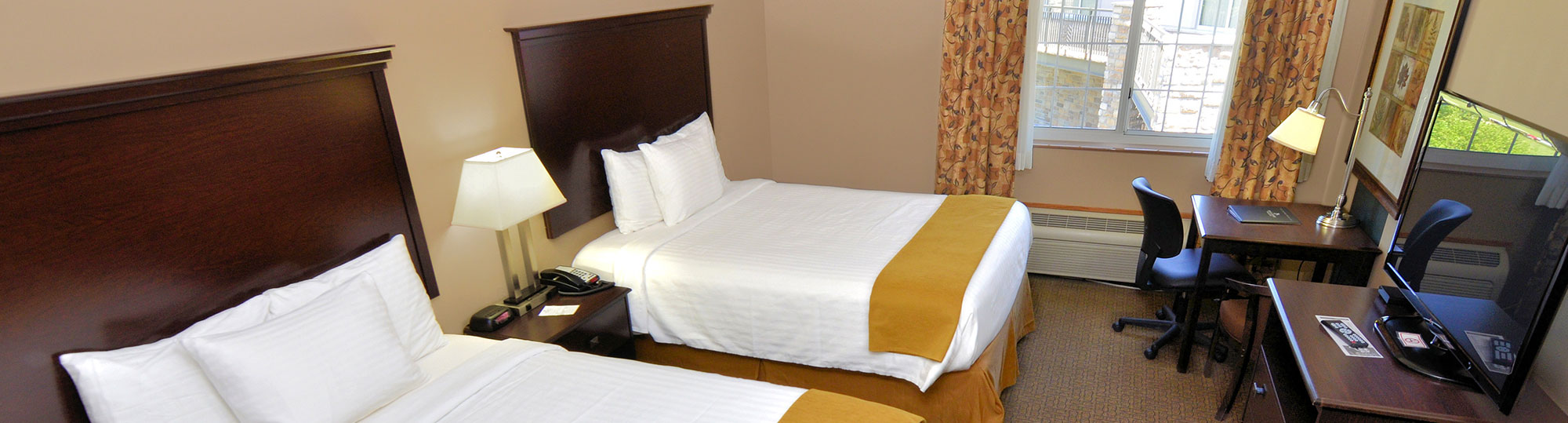 Boulders Inn & Suites Denison