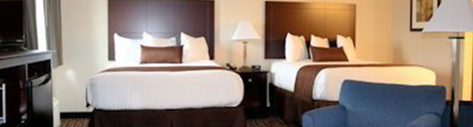 Boulders Inn & Suites Maryville