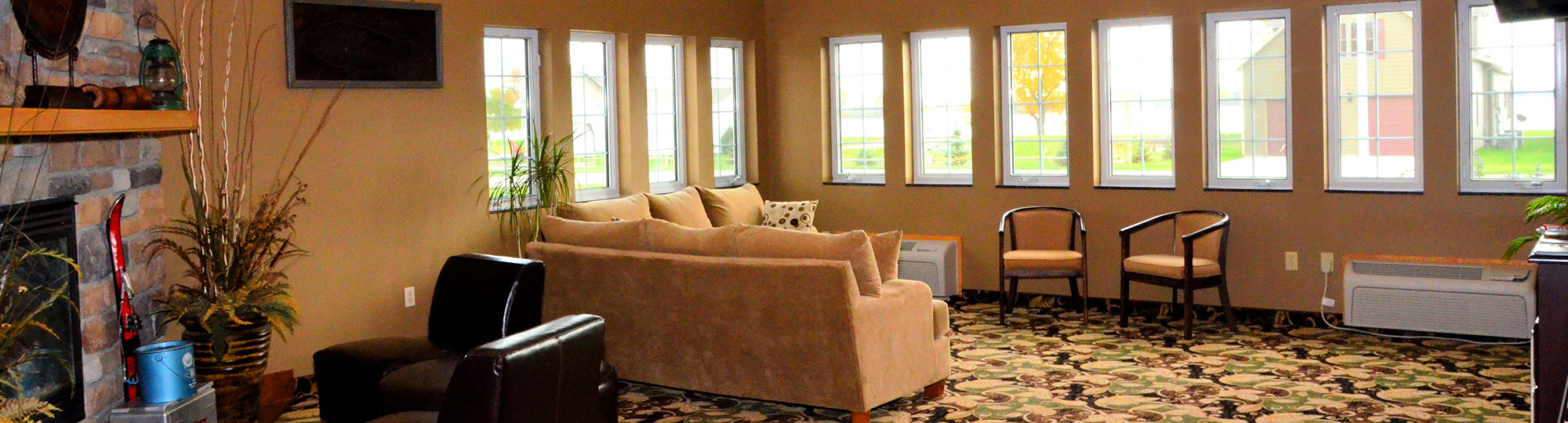 Cobblestone Inn & Suites Lake View