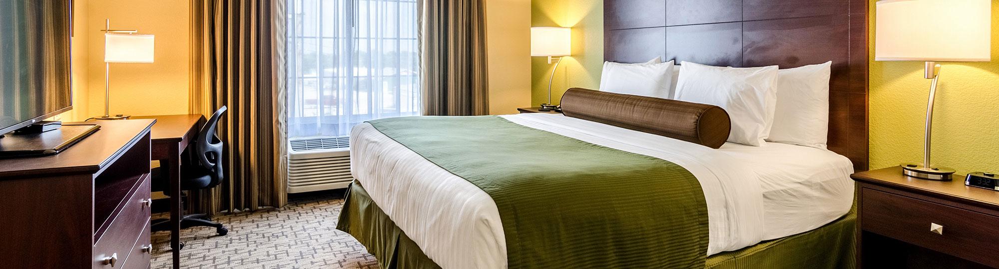 Cobblestone Hotel and Suites Cozad