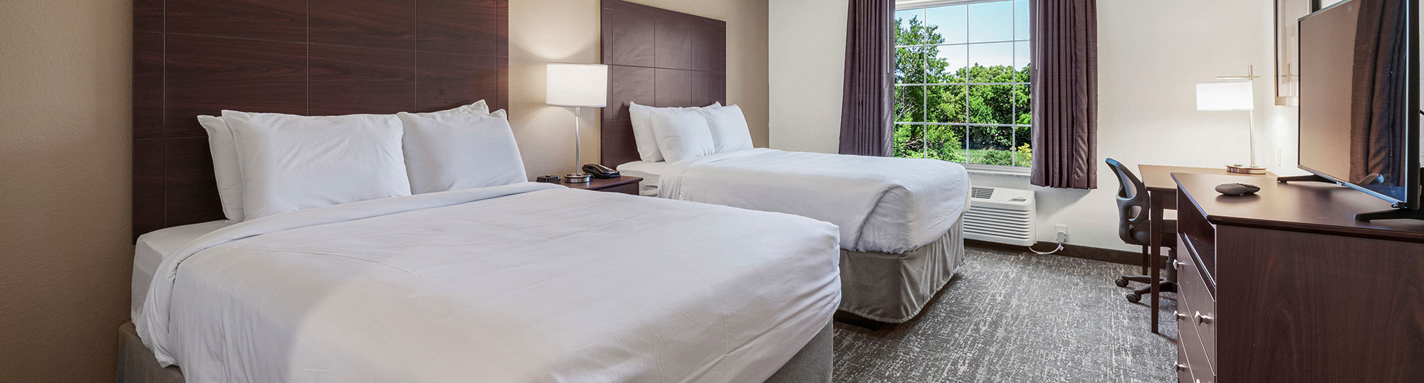Cobblestone Hotel and Suites Urbana