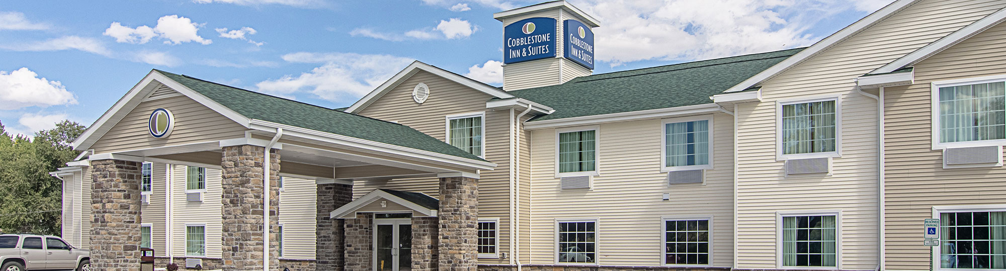 Cobblestone Inn & Suites Pine Bluffs